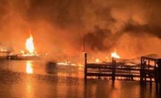 Osam mrtvih u požaru brodova u američkoj državi Alabama
